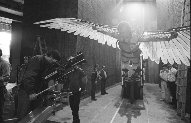 Terry Gilliam ve Jonathan Pryce, BRAZIL filminin setinde (1985).